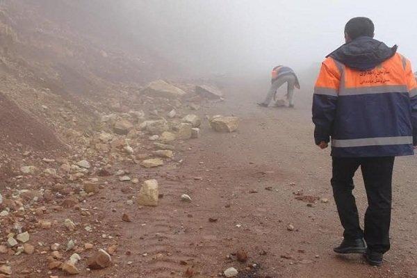 راه ارتباطی 22 روستای پلدختر و معمولان بازگشایی شد