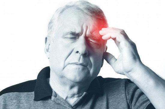 4 نشانه هشداردهنده سکته مغزی