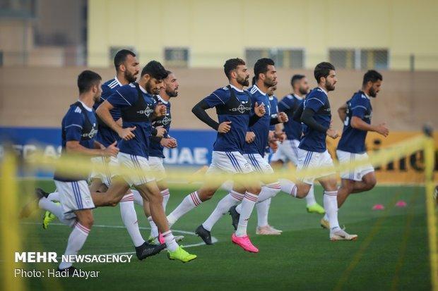 تمرین تیم ملی فوتبال ایران زیر بارش شدید باران