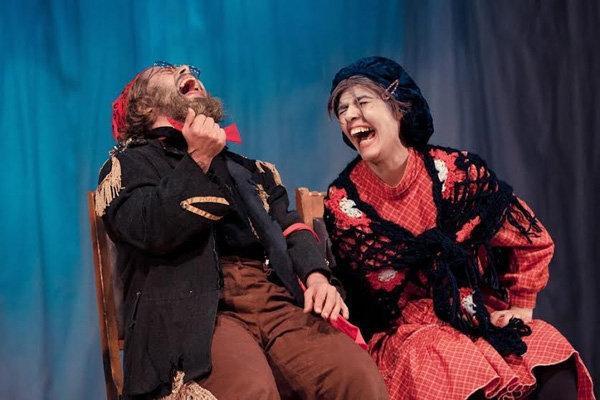 دعوت برادوی از گروه تئاتر معلولان ایرانی، مسئولان بی مهری می نمایند