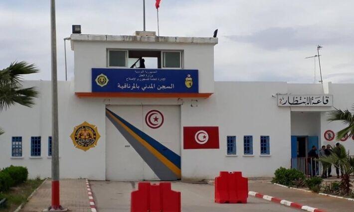 خبرنگاران تونس به دلیل کرونا 1420 زندانی را آزاد کرد