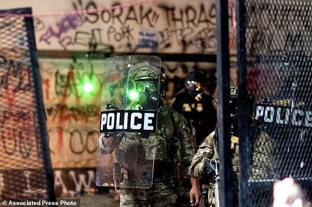 گزارش تصویری از اعتراضات مردم پورتلند آمریکا