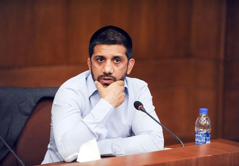 دبیر: مشکل من با وزارت ورزش نیست، با معاونت اقتصادی اش است، بازگشت بنا پا در میانی نمی خواهد