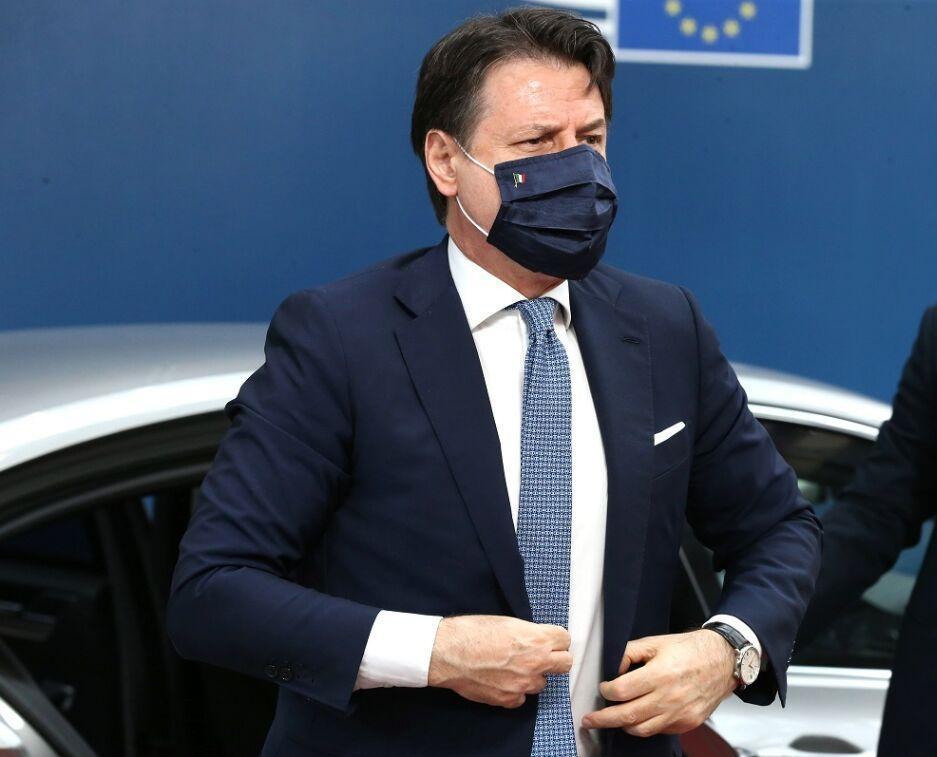 خبرنگاران کرونا در ایتالیا؛ ادامه شرایط اضطراری تا سال آینده