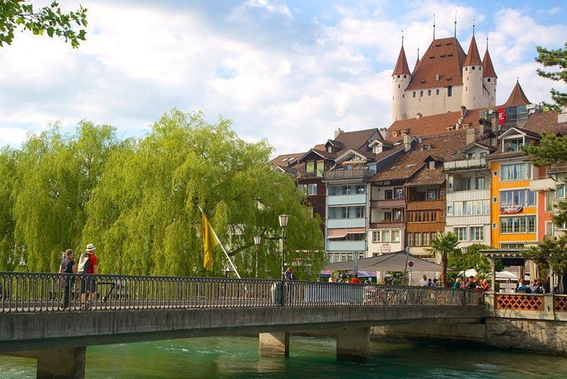 شهر سحرانگیز تون با جاذبه&zwnj هایی تمام سوئیسی