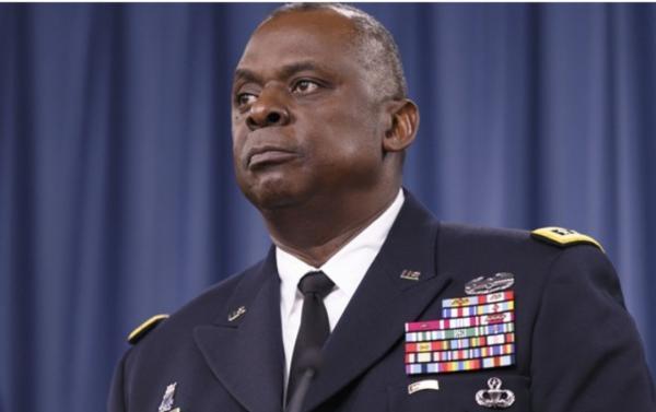 وزیر دفاع آمریکا درحال بررسی حذف وفاداران به ترامپ از پنتاگون